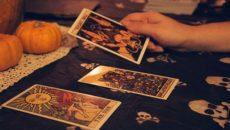 «Что он думает обо мне» – бесплатное онлайн гадание на Цыганских картах
